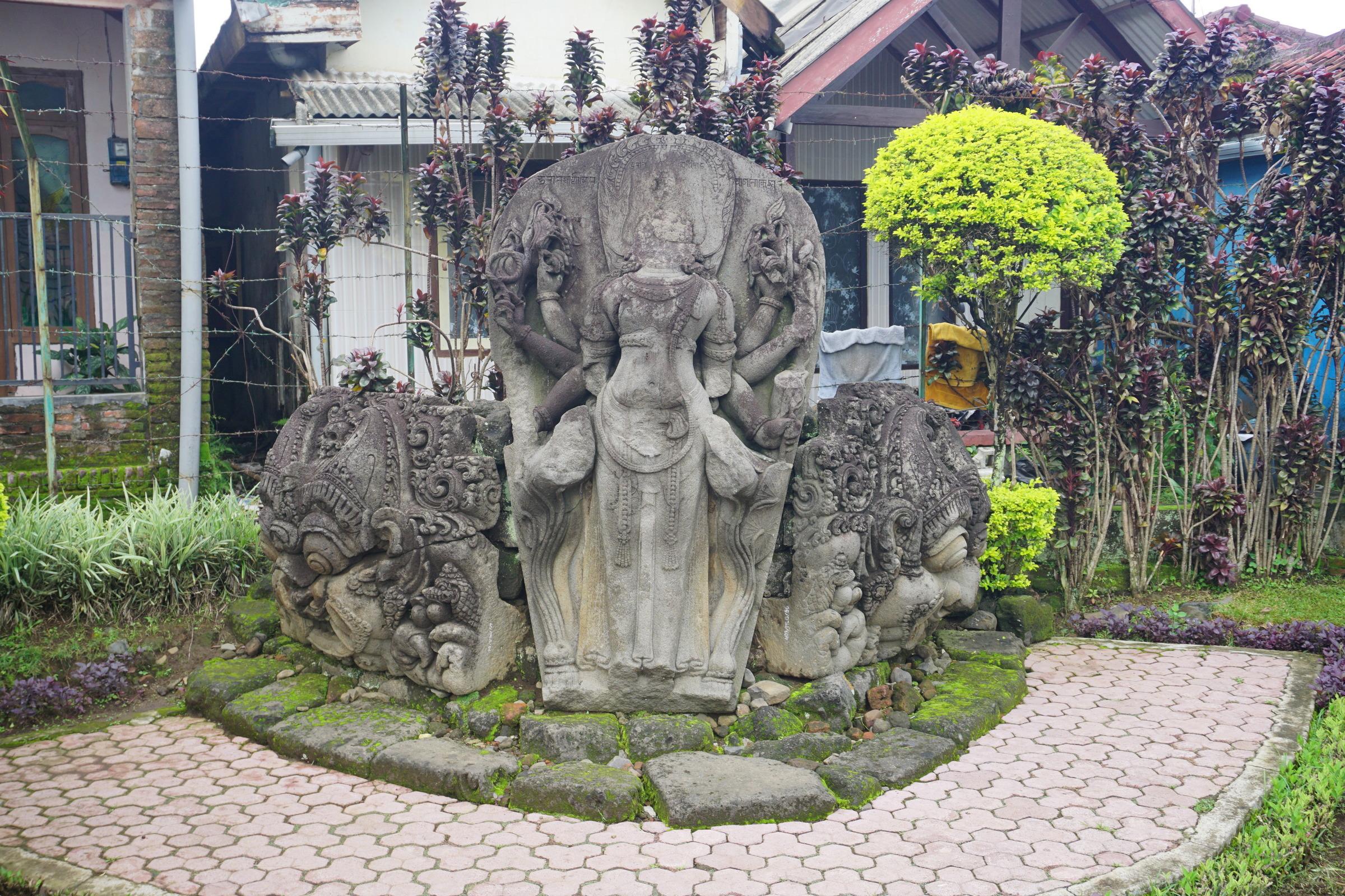 King Viṣṇuvardhana at Candi Jago