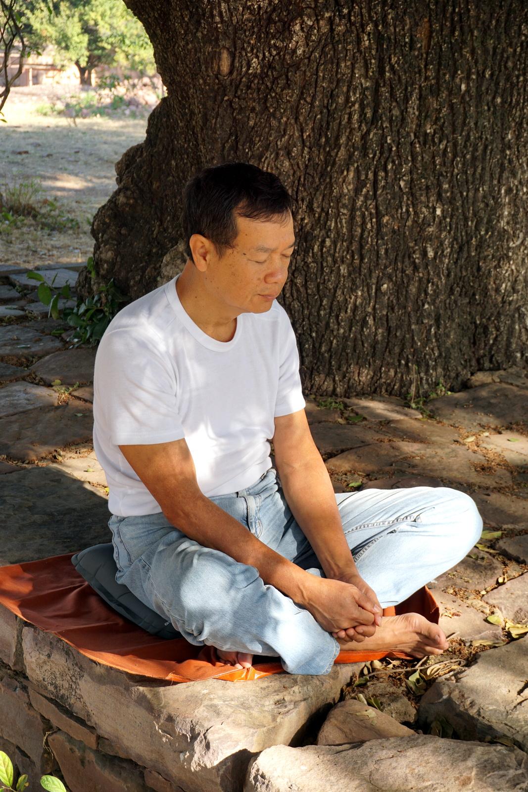 Dr. Kok in Sanchi