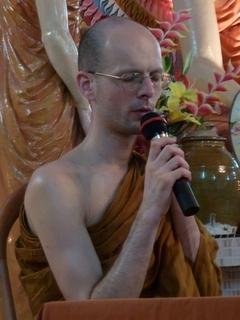 Bhikkhu Gavesako